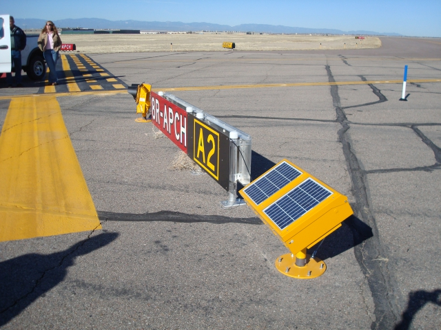 airfield guidance signs wig-wags ERGL